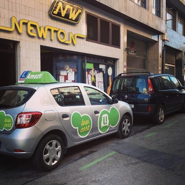 Amezti autoeskola amplia su oferta comercial: ahora también en Bilbao en la academia Newton